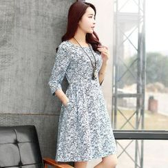 AiSun - Printed 3/4 Sleeve A-Line Dress