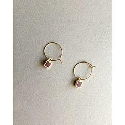 UPTOWNHOLIC - Metallic Hoof Earrings