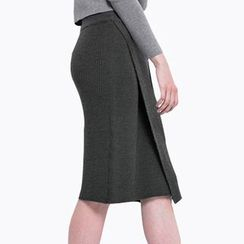 Obel - Plain Midi Knit Skirt