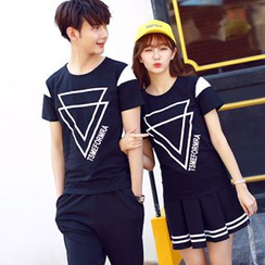 Azure - Couple Matching Triangle Print Short-Sleeve T-Shirt