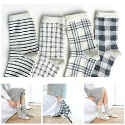 Knit a Bit - Patterned Socks