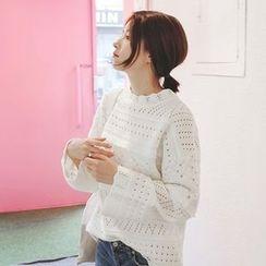 mimi&didi - Scallop-Edge Perforated Knit Top