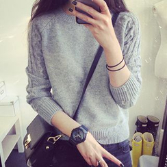 FR - Cable Knit Sleeve Sweater