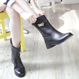 Lane172 - Genuine Leather Belted Short Boots