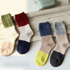 櫻桃兔兔 - 插色襪子