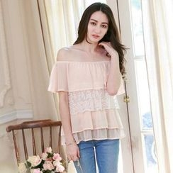 Tokyo Fashion - Tiered Lace Panel Off-Shoulder Blouse