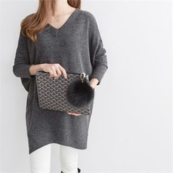 PEPER - V-Neck Drop-Shoulder Knit Top