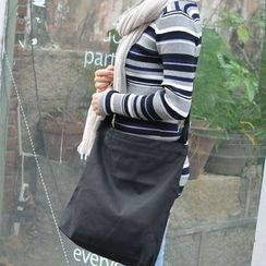 Aoba - Letter Canvas Shoulder Bag