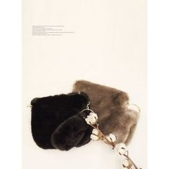 STYLEBYYAM - Faux-Fur Zip-Closure Clutch
