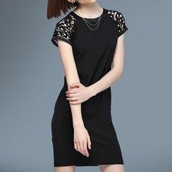 Liya Closet - Crochet Panel Short Sleeve Mini Dress