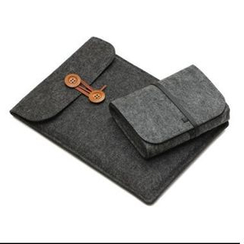 Bien - 8' / 11'-17' Felt Laptop Sleeve
