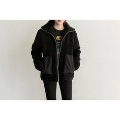 UPTOWNHOLIC - Zip-Detail Boucle-Knit Jacket