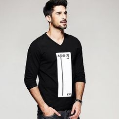 Quincy King - Printed V-Neck Long-Sleeve T-Shirt