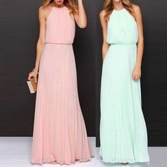 Katemi - Sleeveless Chiffon Maxi Dress