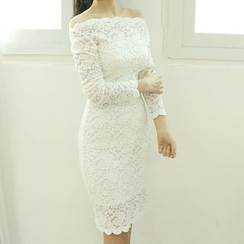 Dodostyle - Off-Shoulder Laced Sheath Dress