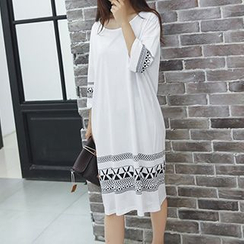 Fashion Street - Patterned Midi T-Shirt Dress