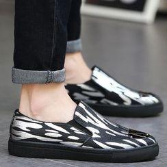 Muyu - 金属鞋头轻便鞋