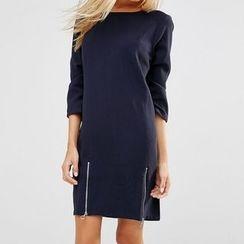 Rebecca - 3/4-Sleeve Zip Dress