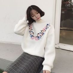 MePanda - Flower Embroidered Mock Neck Pullover