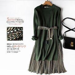 Helensky - 套装: 印花风琴褶背心裙 + 针织上衣