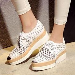 Mancienne - Perforated Wedge Oxfords