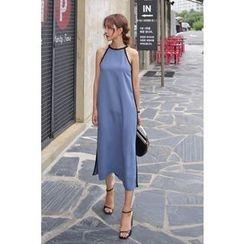 PPGIRL - Halter-Neck Contrast-Trim Long Dress