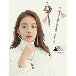 soo n soo - Tassel Charm Earrings