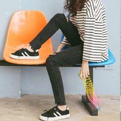 Ivena - Distressed Skinny Jeans