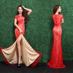 Escaf - Embellished Short-Sleeve Sheath Lace Evening Gown