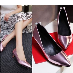 Cinnabelle - Metallic Pointed Pumps