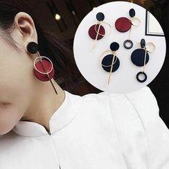 ChuChuAcc - Asymmetric Circle Drop Earrings