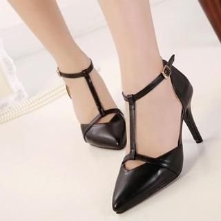 Mancienne - T-Strap Pointy Pumps