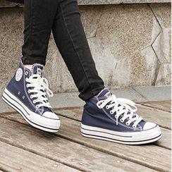 人本 - 纯色厚底高帮休閒鞋