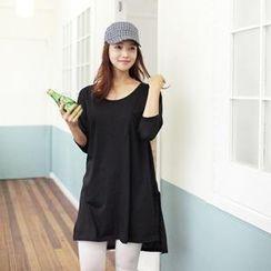 MASoeur - Round-Neck Slit-Side T-Shirt