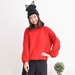 Yammi - Cable Knit Sweater