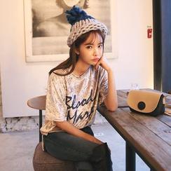 DABAGIRL - Short-Sleeve Lettering Velvet T-Shirt