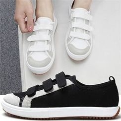 Reneve - Triple-Velcro Canvas Sneakers