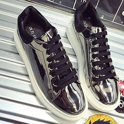 QQ Trend - Metallic Sneakers