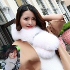 Fluff Snowy - Sequined Faux Fur Scarf