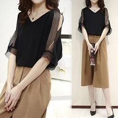 Ashlee - Set: Elbow-Sleeve Chiffon Top + Cropped Wide Leg Pants