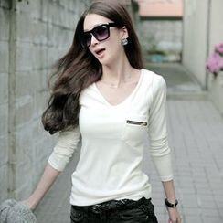 XGZ - Long-Sleeve V-Neck T-Shirt
