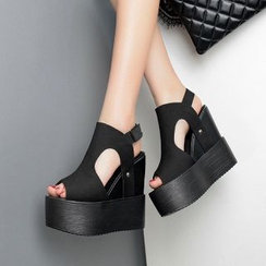 Mancienne - Wedge Sandal Boots