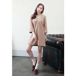 Dalkong - V-Neck 3/4-Sleeve A-Line Dress