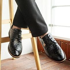 Shoelock - Metal Accent Dress Shoes