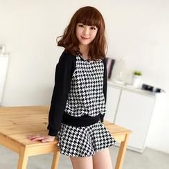 59 Seconds - Set: Houndstooth Panel Cropped Pullover + Houndstooth Mini Skirt