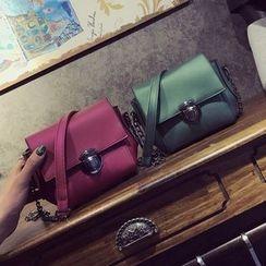 BAGuette - Chain Strap Shoulder Bag