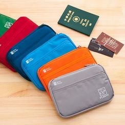 Show Home - Travel Wallet