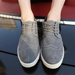 JUN.LEE - Studded Perforated Casual Shoes
