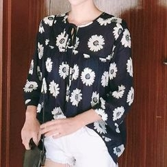 trendedge - Floral Print Tie Neck 3/4 Sleeve Blouse