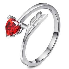 EYRE - Heart Arrow Bangle